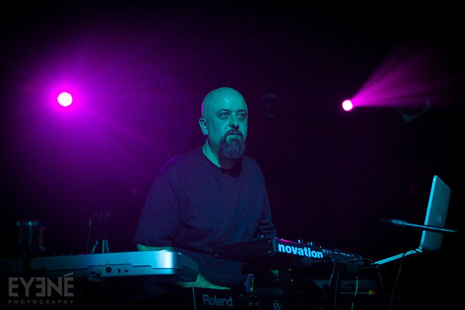 Reza Moghadas performing live at Revival Bar, Toronto, Canada. Photo: Saman Aghvami/ EYENÉ