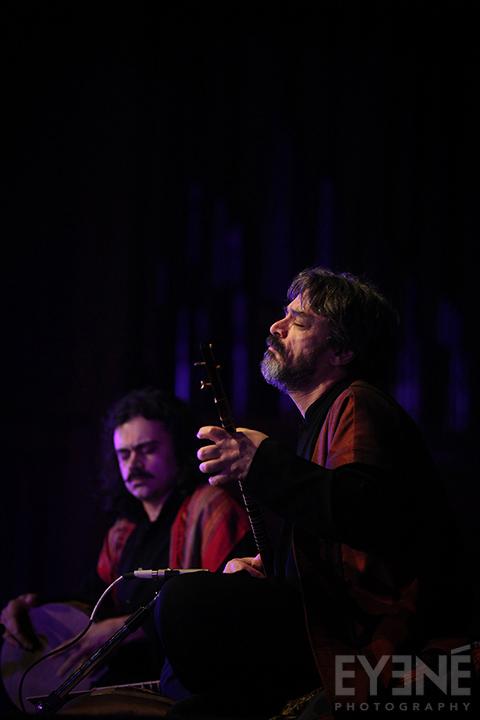 Hossein Alizadeh, master of iranian classical music, performing at Church of Holy Trinity. Toronto, Canada. Photo: Saman Aghvami/ EYENÉ