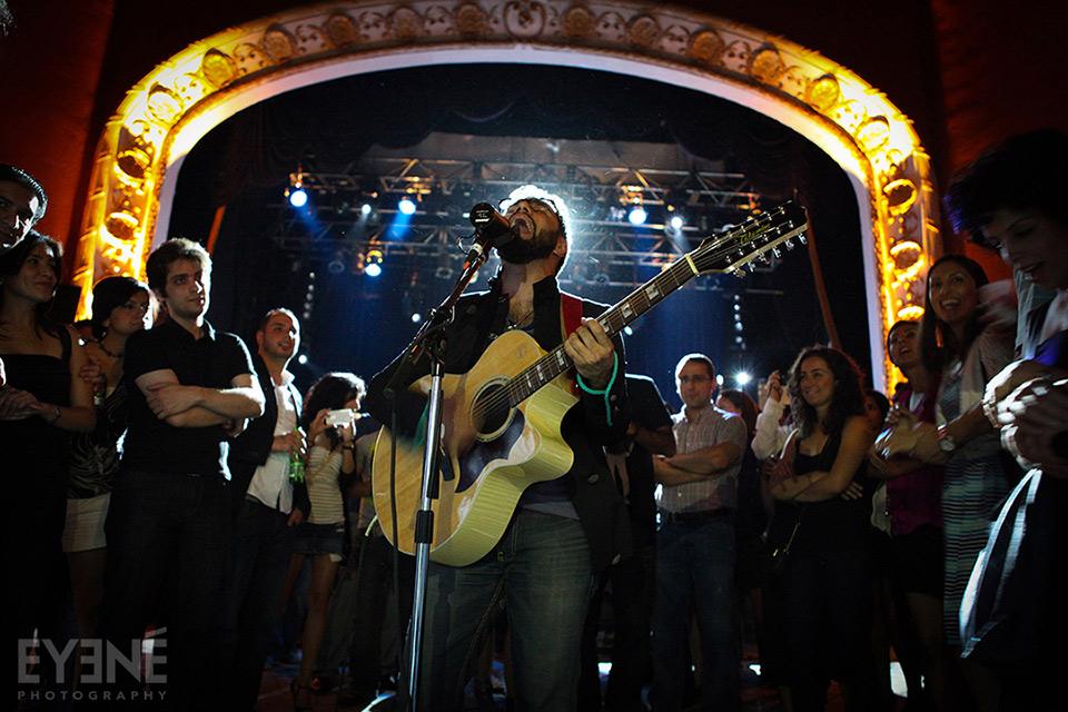 Soul Nidus performing at The Opera House. Toronto, Canada. Photo: Saman Aghvami/ EYENÉ
