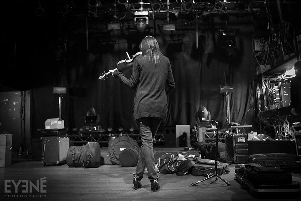 Tara Kamangar of Kiosk band during soundcheck at Mod Club. Toronto, Canada. Photo: Saman Aghvami/ EYENÉ